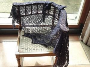Châles et étoles en tricot dentelle  dans Tricot etole-2-300x225